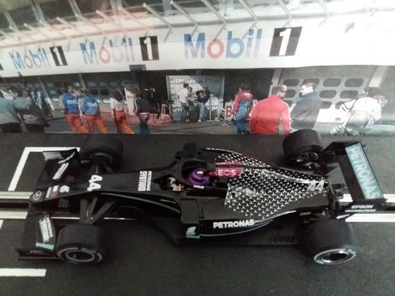 Policar Mercedes F1 #44