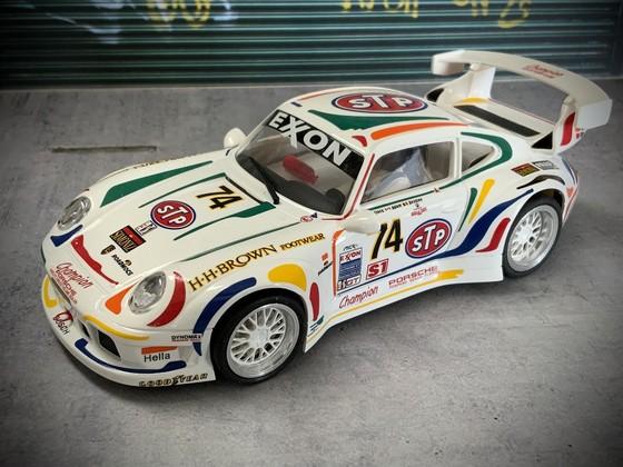 RS0001 - Porsche 911 GT2