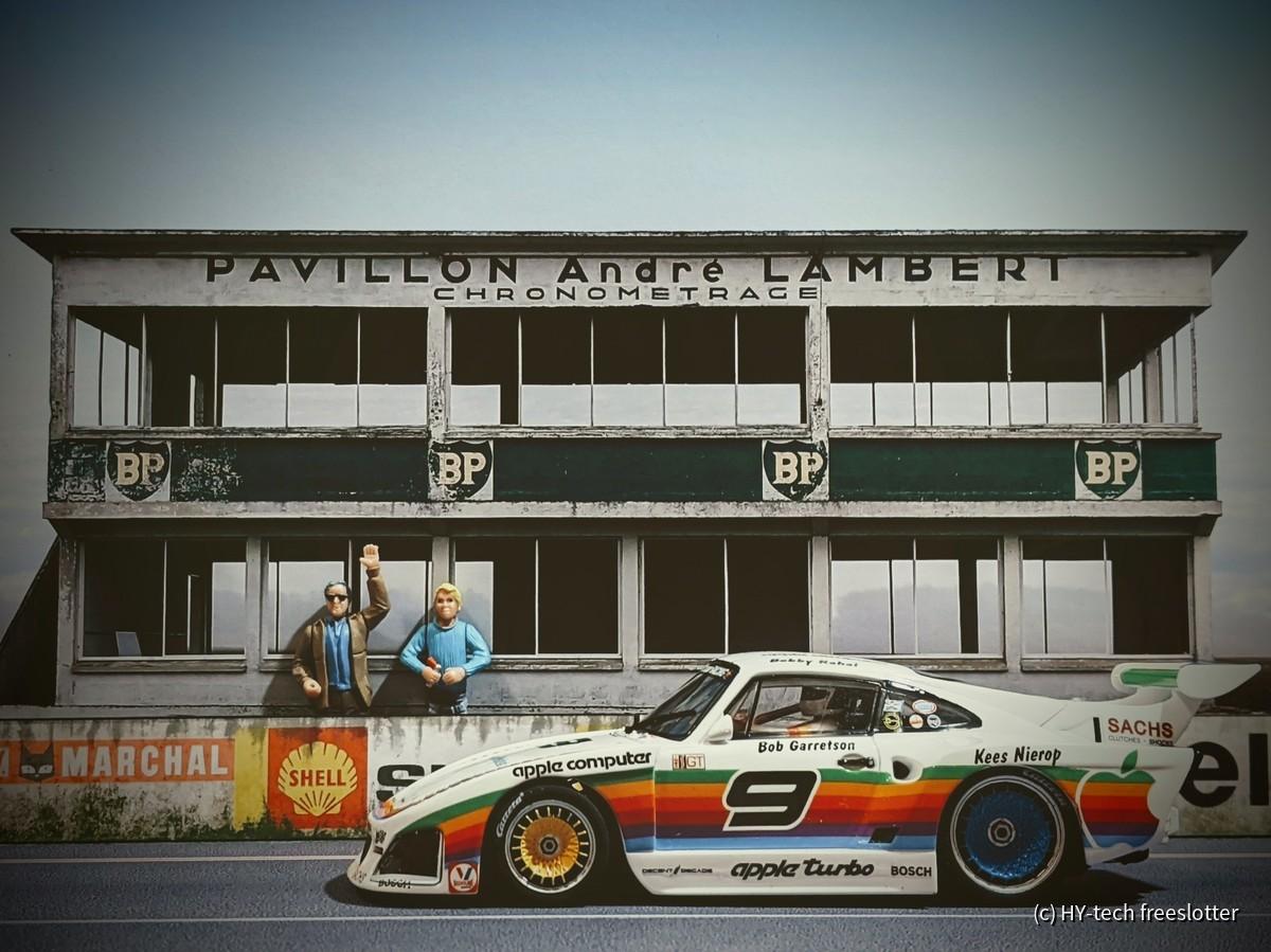 Carrera D132 Porsche Kremer 935 K3 'Apple' #9