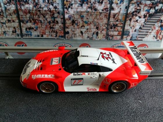 Revoslot Porsche GT1 #17