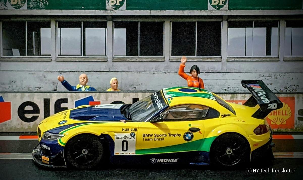 Scalextric BMW Z4 GT3 'Team Brasil' #0