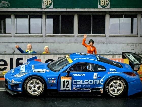Scalextric Nissan 350Z 'Calsonic' #12