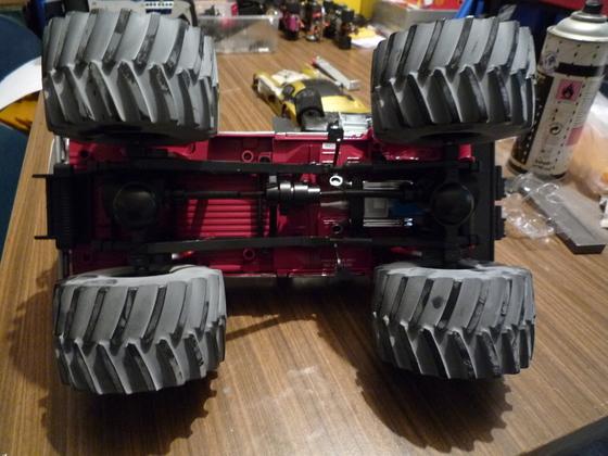 1.18 Monster Truck von unten