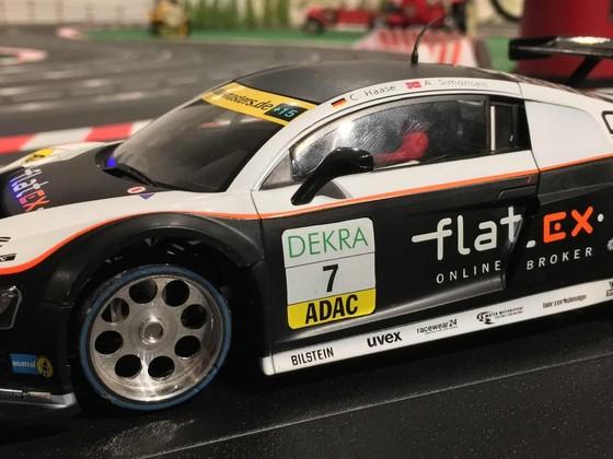 Mein erstes selbst zusammengestelltes Wägelchen: Audi R8 LMS Karosse von Scaleauto   und . . .