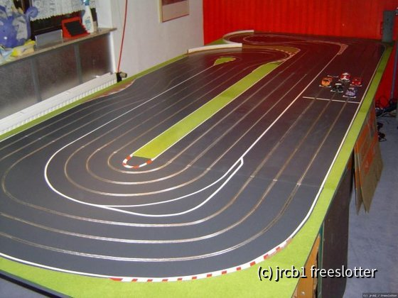 Meine erste 3Spur Holzbahn-Greenfield Raceway