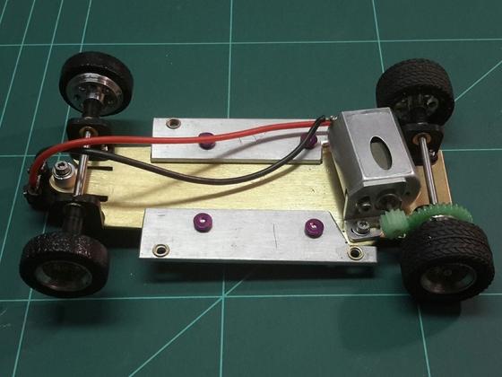 Eigenbaufahrwerk BRM Simca 01