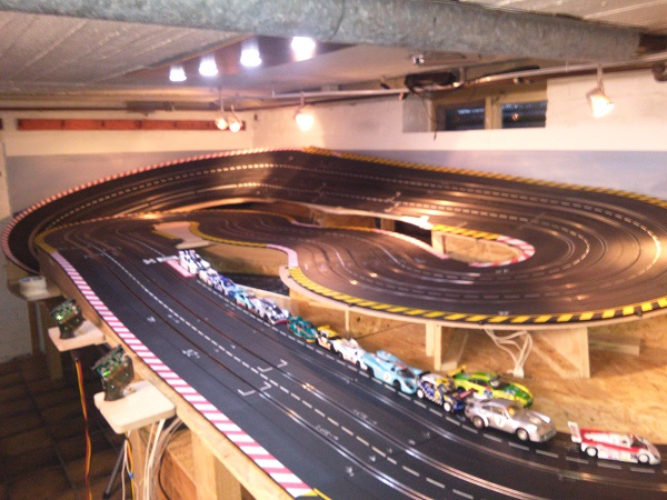 Bananas Raceway 1
