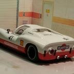 Porsche 910 hinten
