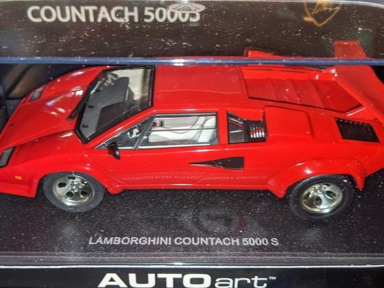 AutoArt Lamborghini Countach 5000 S