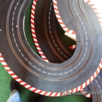 Streckenabschnitt mit 8mm Spanplatten zur Verstärkung der Überführungen