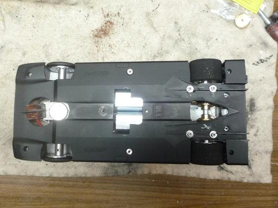 Plastik-bodenplatte als Chassis 1.18 Metal