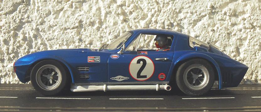Umbau einer Carrera-vette 124
