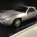 169 Porsche 928 S