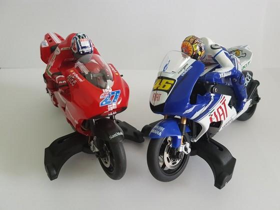 Bycmo slot Bike Casey vs. Rossi